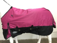 AXIOM 1800D BALLISTIC WATERPROOF PINK/BLACK 220g HORSE RUG