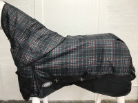 !! SPECIAL PRICE !! AXIOM 1800D BALLISTIC WATERPROOF GREEN/BLACK CHECK 300g HORSE RUG with DETACHABLE NECK RUG
